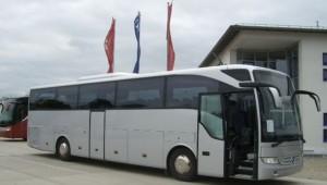 Mercedes-Tourismo-1_590_334_90